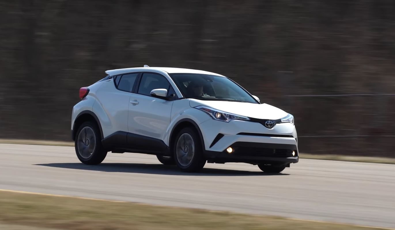 Consumer Reports Reviews Toyota C Hr And Kia Niro