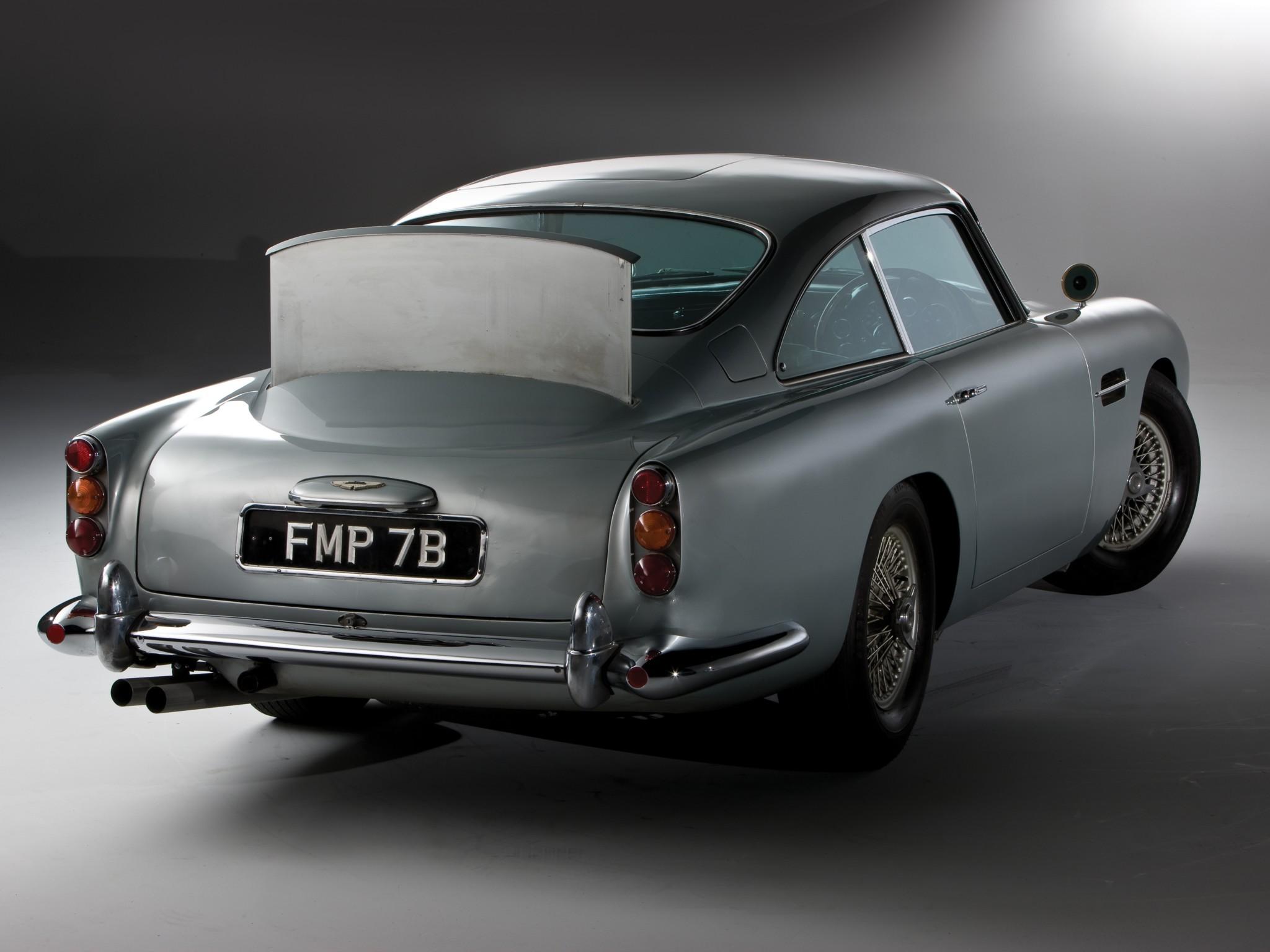 coolest james bond car. ever. - autoevolution