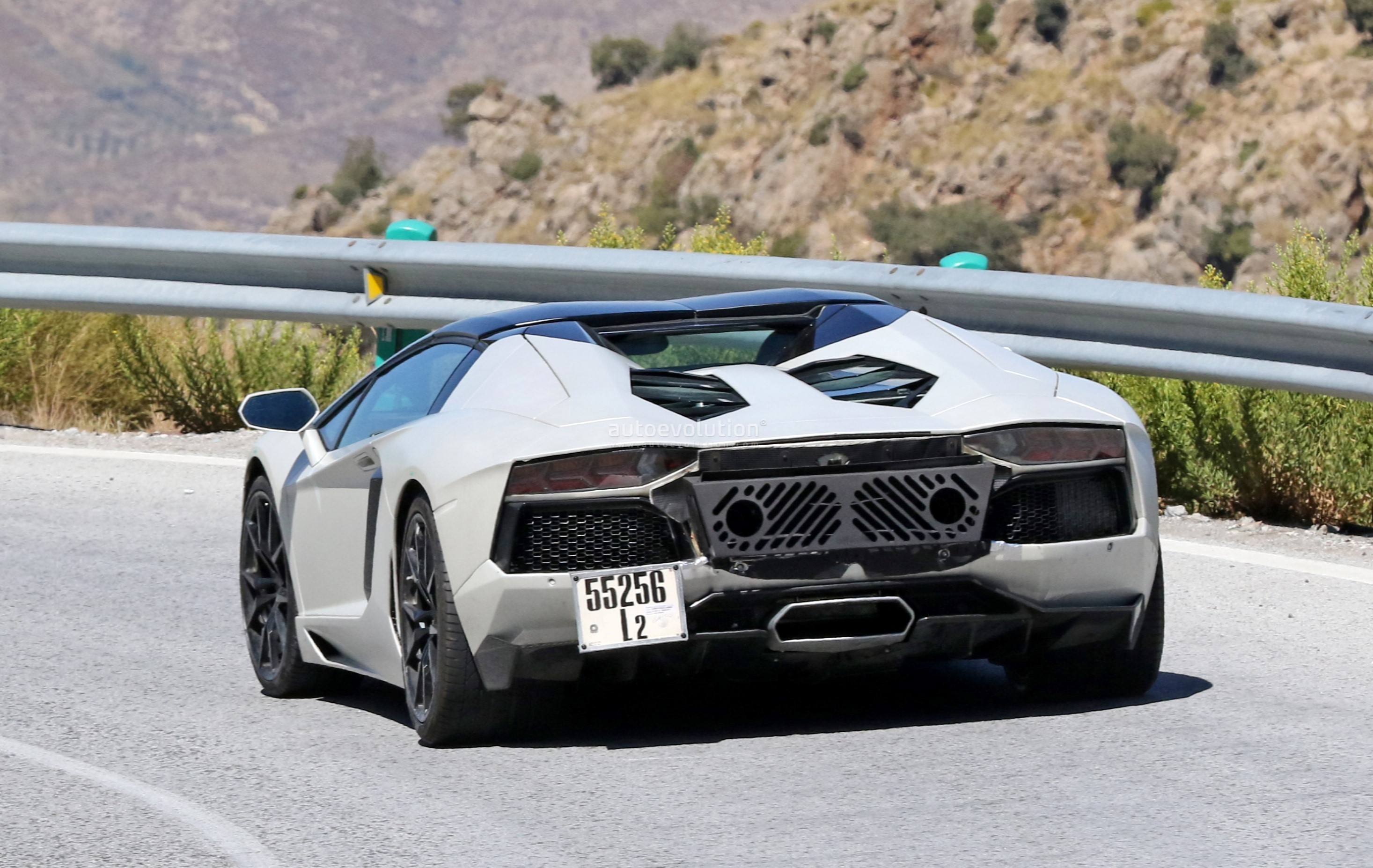 Could This Be The 2019 Lamborghini Aventador Svj Autoevolution