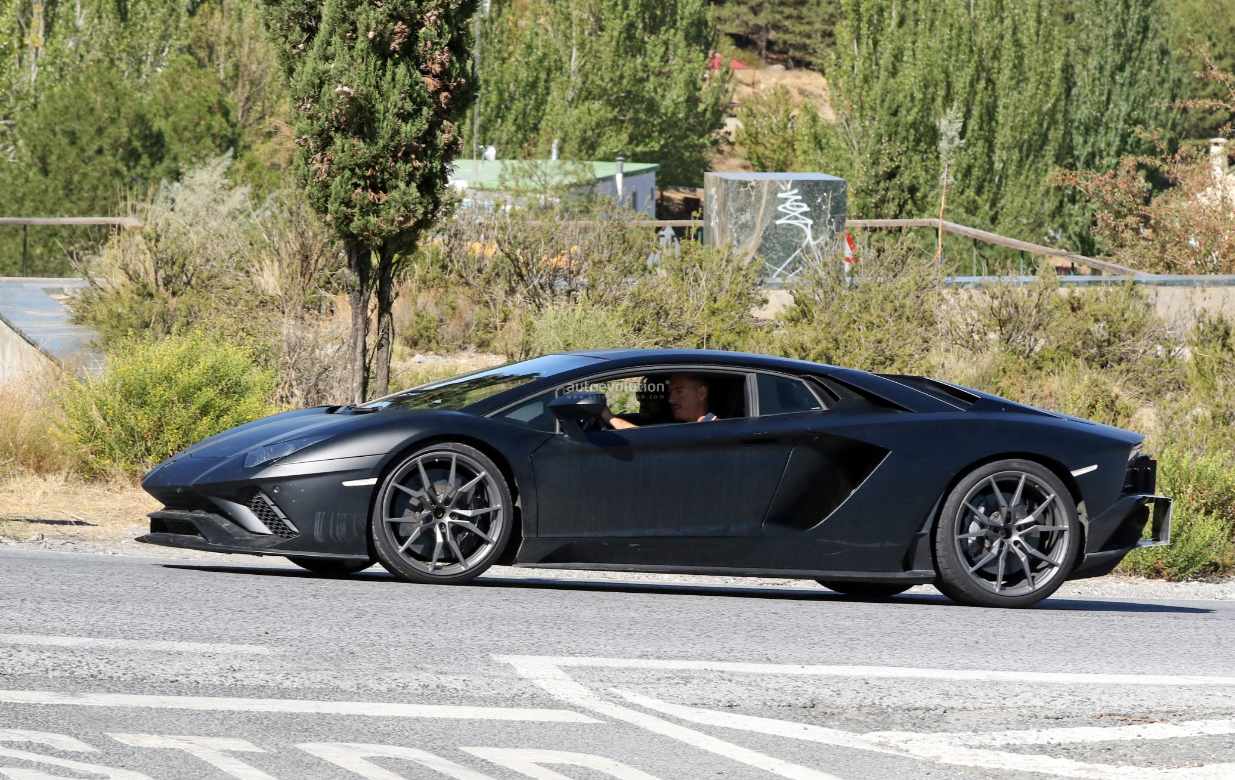 Lamborghini 2019