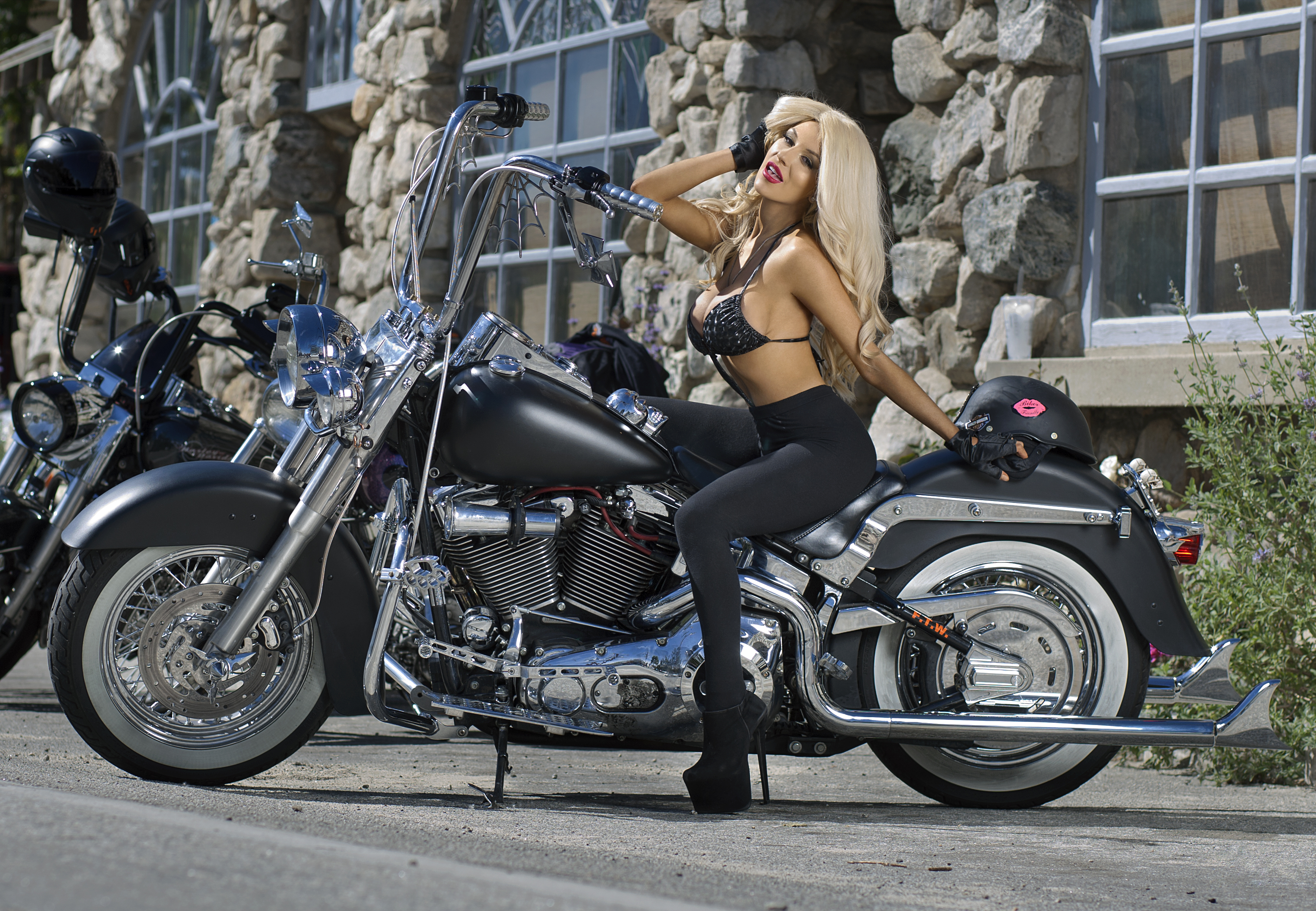 Courtney Stodden Is Stunning Hot Riding A Harley Davidson