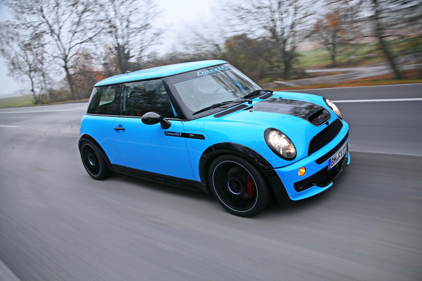 coverefx mini john cooper works r53 unidentical twins autoevolution. Black Bedroom Furniture Sets. Home Design Ideas