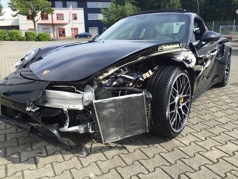 Crashed Porsche 911 Turbo S Looks Like A T Rex Tore Its