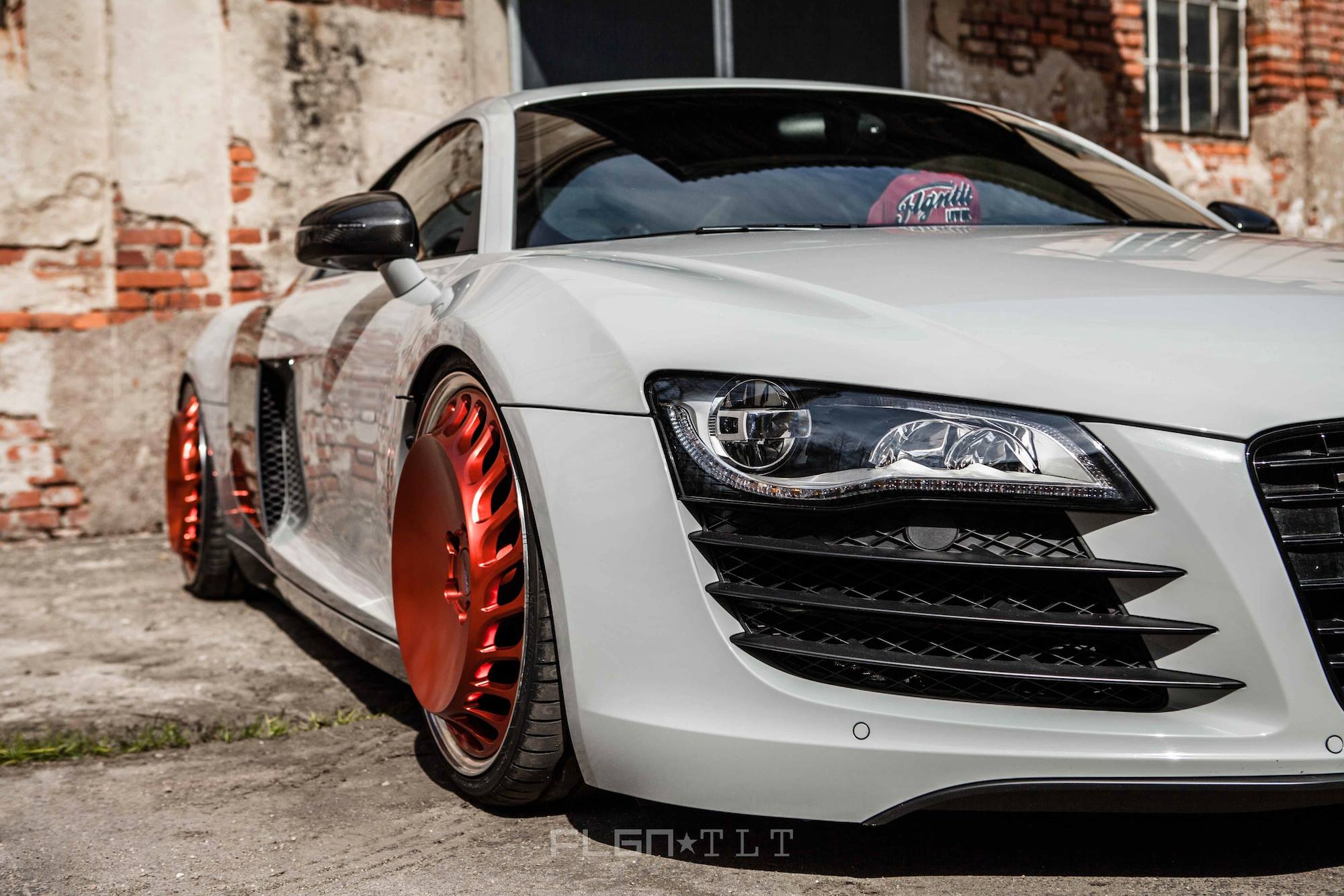 Audi R8 Custom >> Craziest Custom Wheels on a Supercar: Messer Turbo-Fan - autoevolution