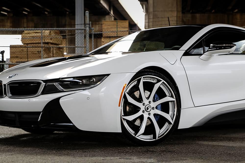 Crystal White Bmw I8 Gets Forgiato Wheels Turns Into Bruiser