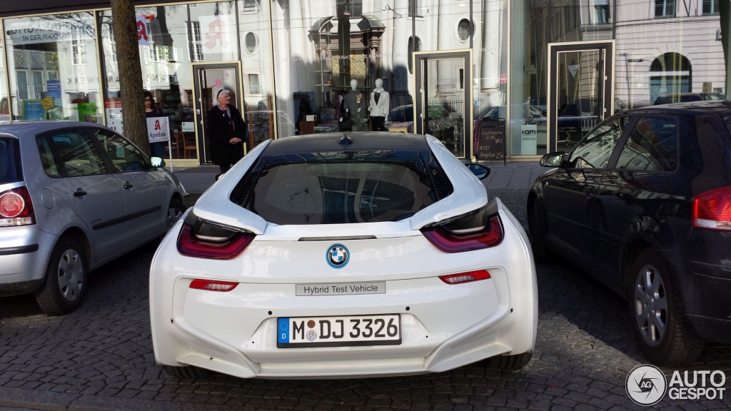 Crystal White Bmw I8 Spotted In Germany Autoevolution