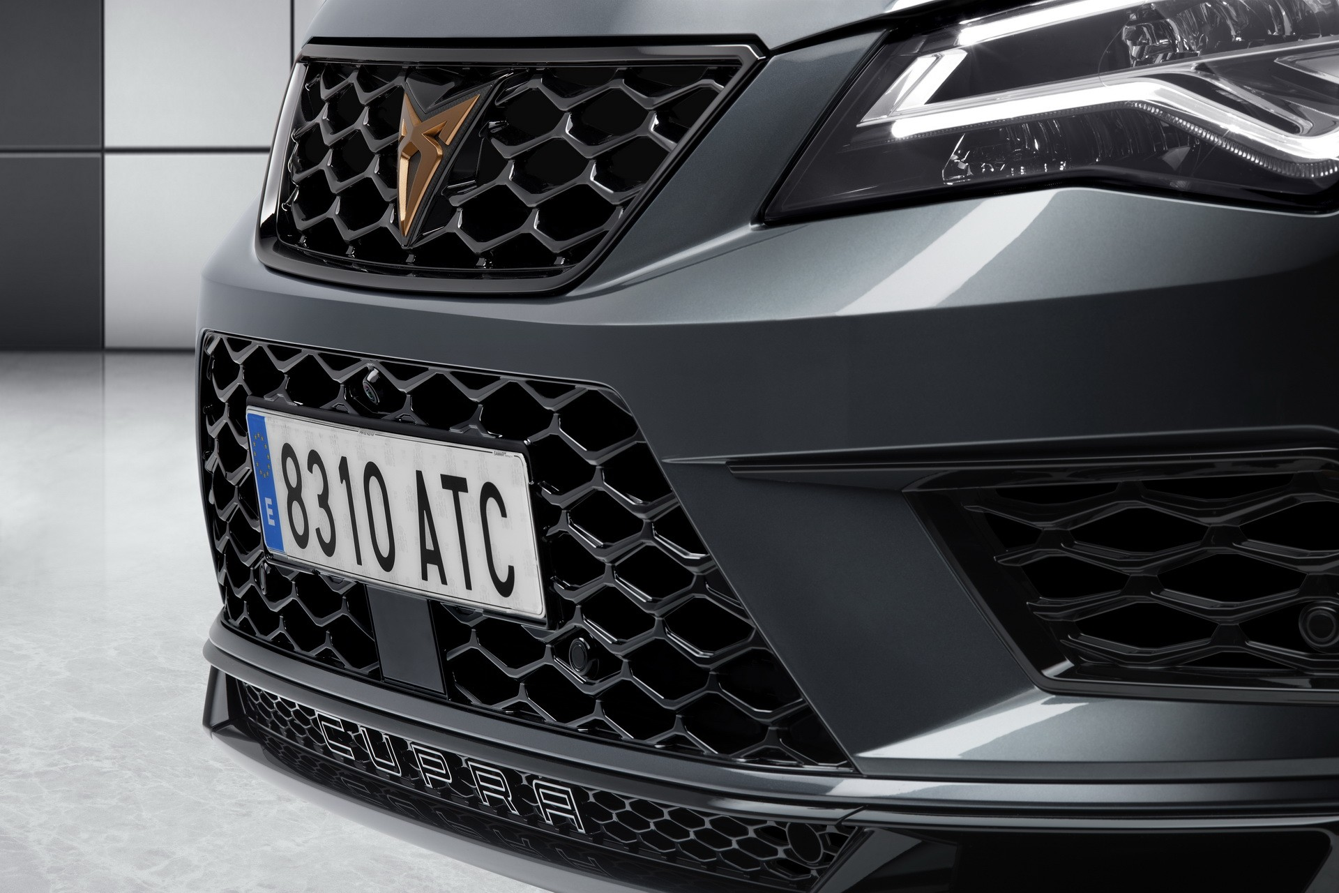 cupra brand goes official along with 300 hp cupra ateca suv autoevolution. Black Bedroom Furniture Sets. Home Design Ideas