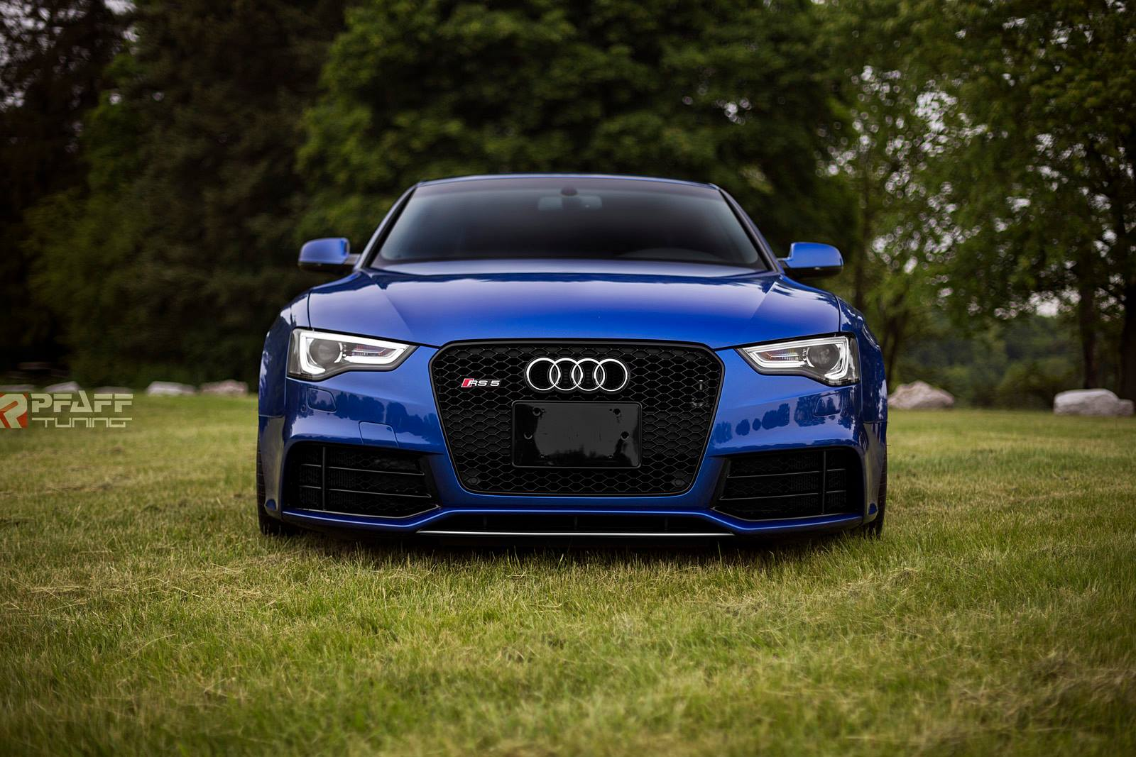 custom audi rs5 in sepang blue is sheer beauty autoevolution. Black Bedroom Furniture Sets. Home Design Ideas