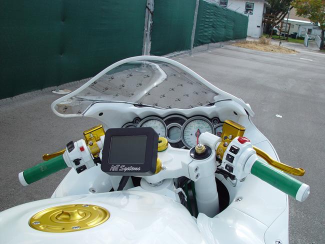 2016 Lancer Evolution >> Custom Nick Anglada Hayabusa Floats On Invisible Wheels - autoevolution