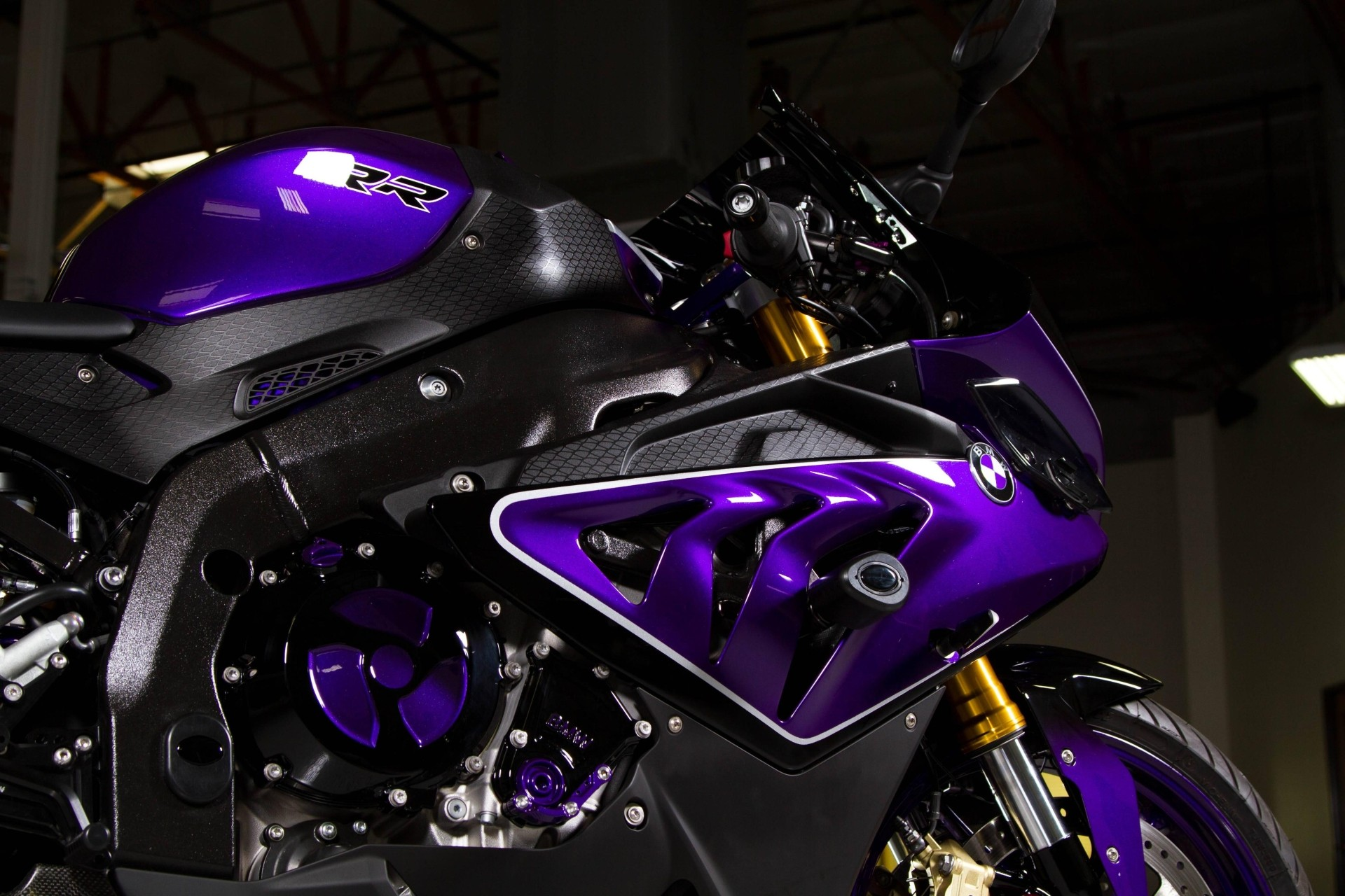 Bmw Sport Bike >> Custom-Paint BMW S1000RR Looks Painfully Awesome - autoevolution