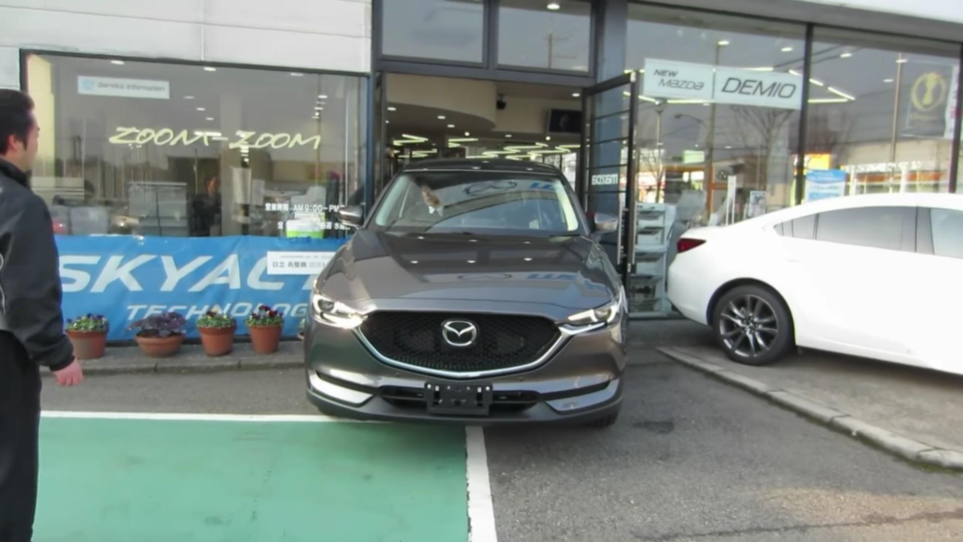 2017 Mazda CX-5 Starts Rolling Into Japanese Dealer ...