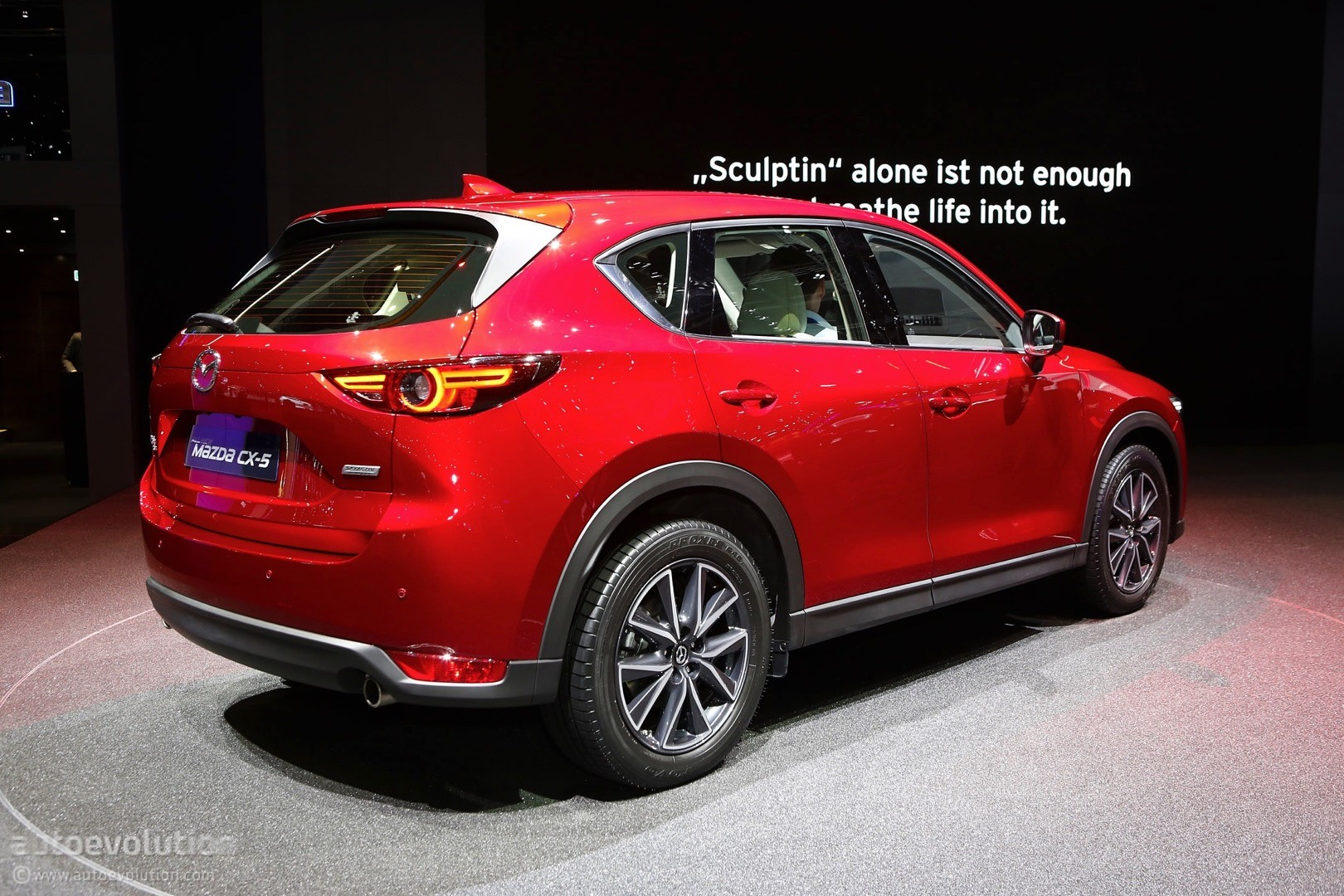 2017 mazda cx 5 brags with soul red crystal paintwork in geneva autoevolution. Black Bedroom Furniture Sets. Home Design Ideas