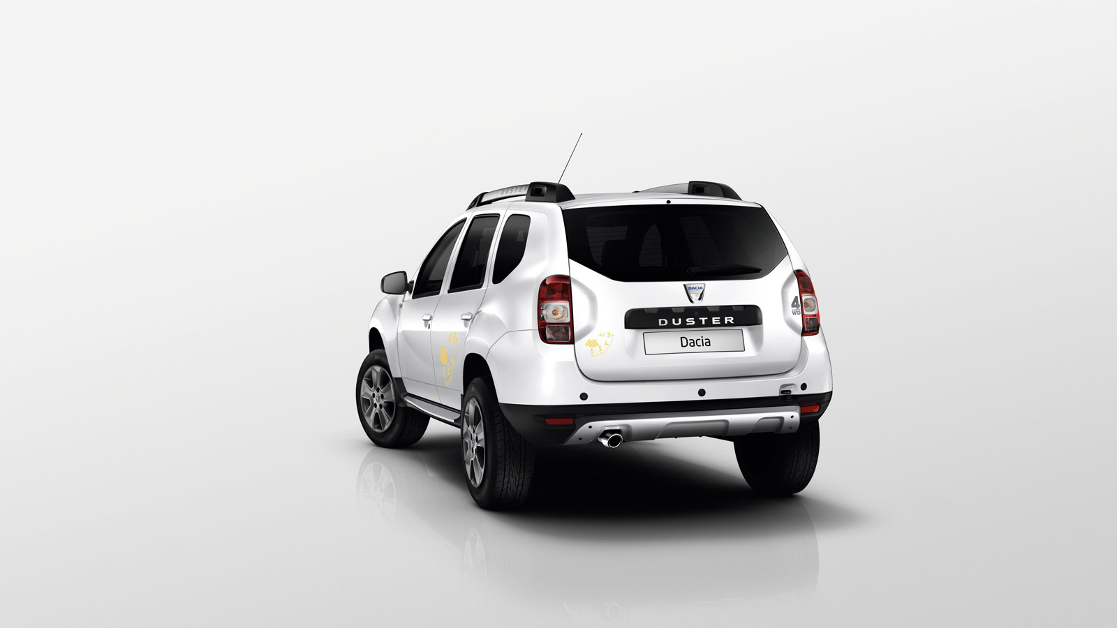 dacia duster air and sandero black touch editions coming to paris autoevolution. Black Bedroom Furniture Sets. Home Design Ideas