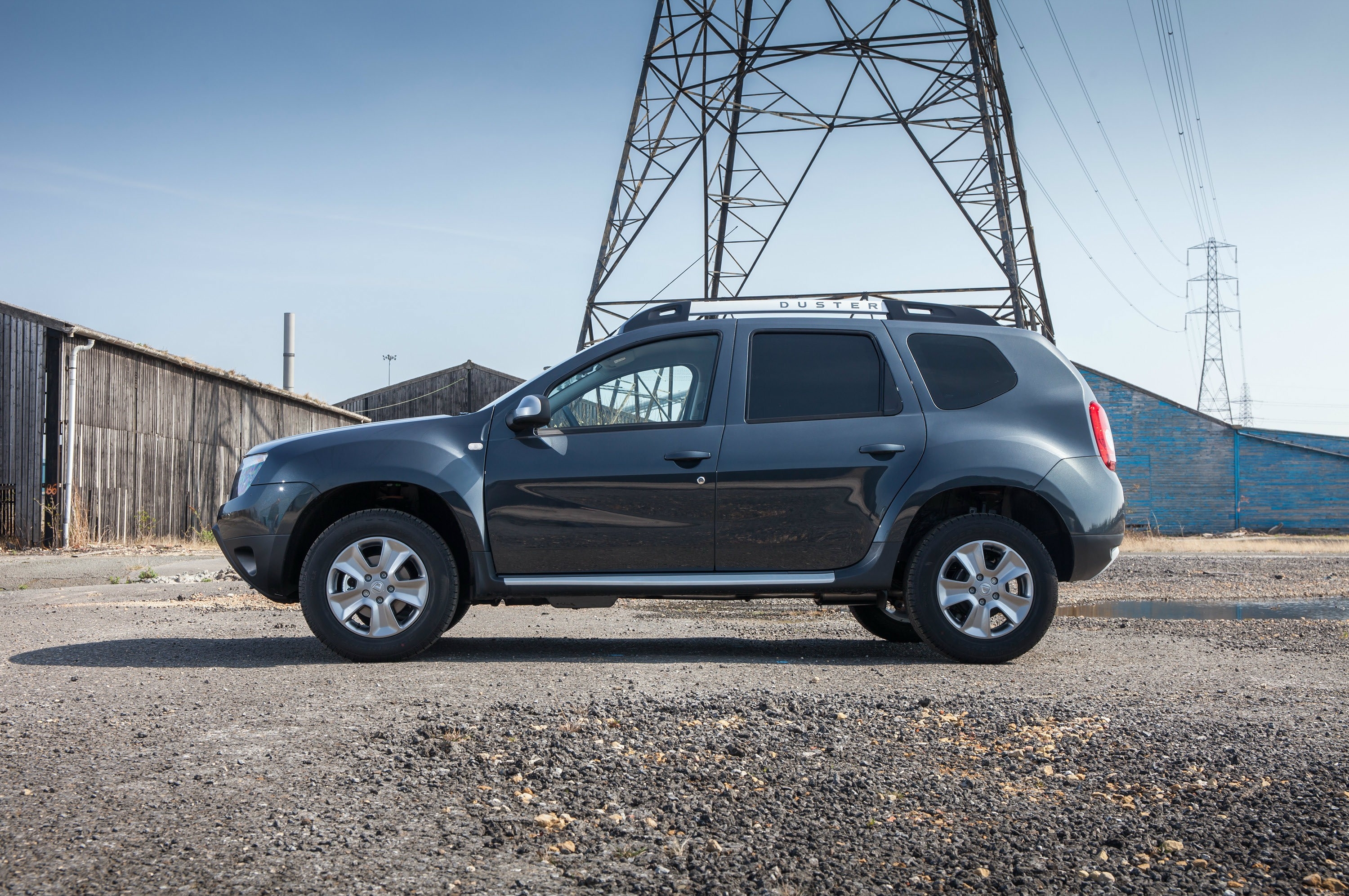 dacia duster commercial priced from 9 595 autoevolution. Black Bedroom Furniture Sets. Home Design Ideas