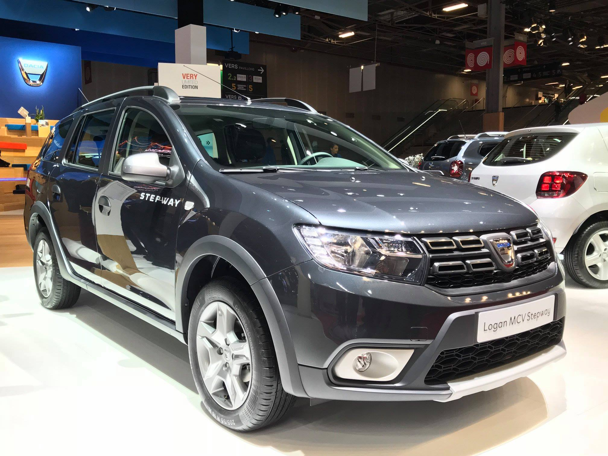 dacia duster gets 1 3 tce turbo with 130 and 150 hp autoevolution. Black Bedroom Furniture Sets. Home Design Ideas
