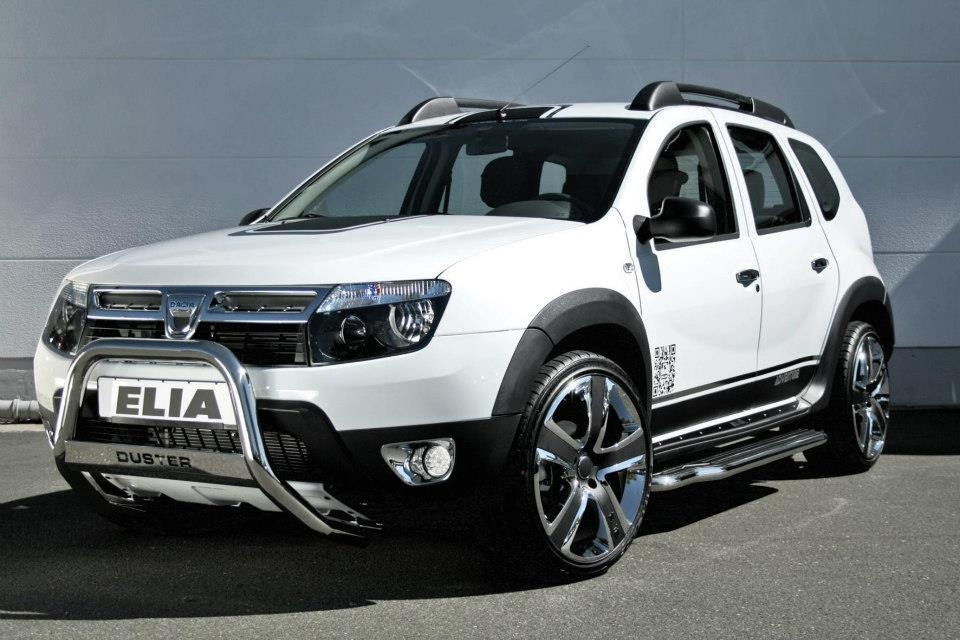 dacia duster gets stormtrooper makeover from tuner elia autoevolution. Black Bedroom Furniture Sets. Home Design Ideas