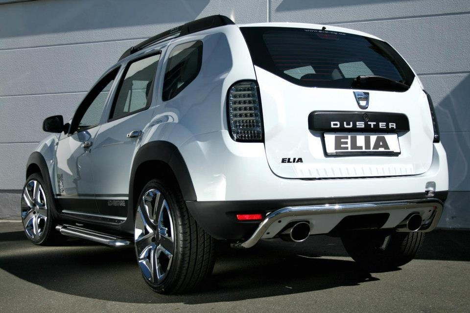 dacia duster gets stormtrooper makeover from tuner elia. Black Bedroom Furniture Sets. Home Design Ideas