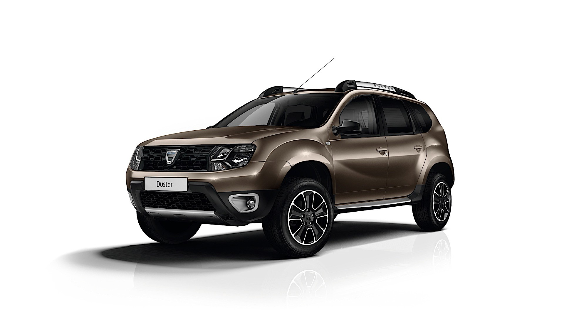 first 2017 dacia duster photo shows new steering wheel design autoevolution. Black Bedroom Furniture Sets. Home Design Ideas