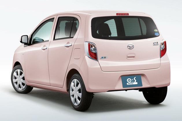 Daihatsu Unveils Mira e:S Kei Car in Japan, Does 75 MPG ...