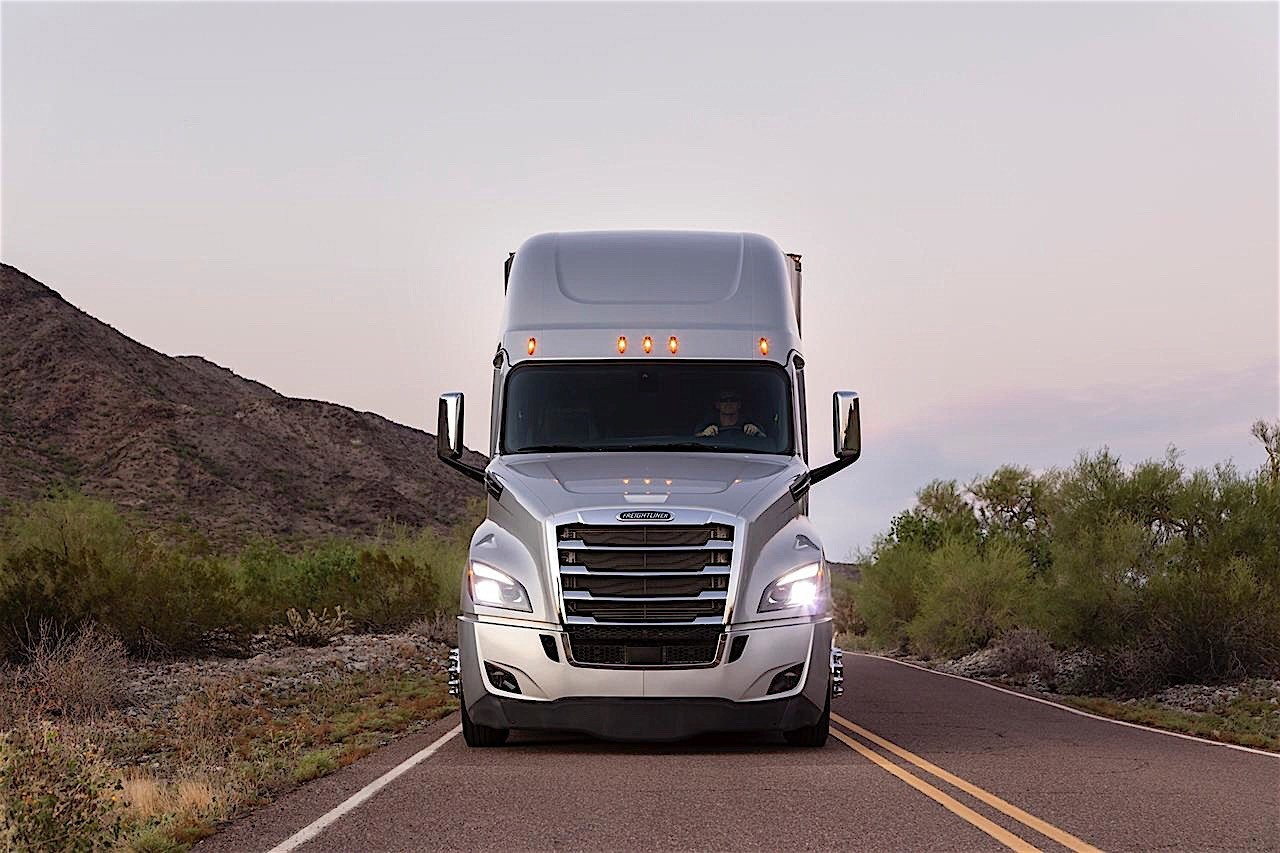 Daimler Showcases Its Most Avanced Truck Ever The