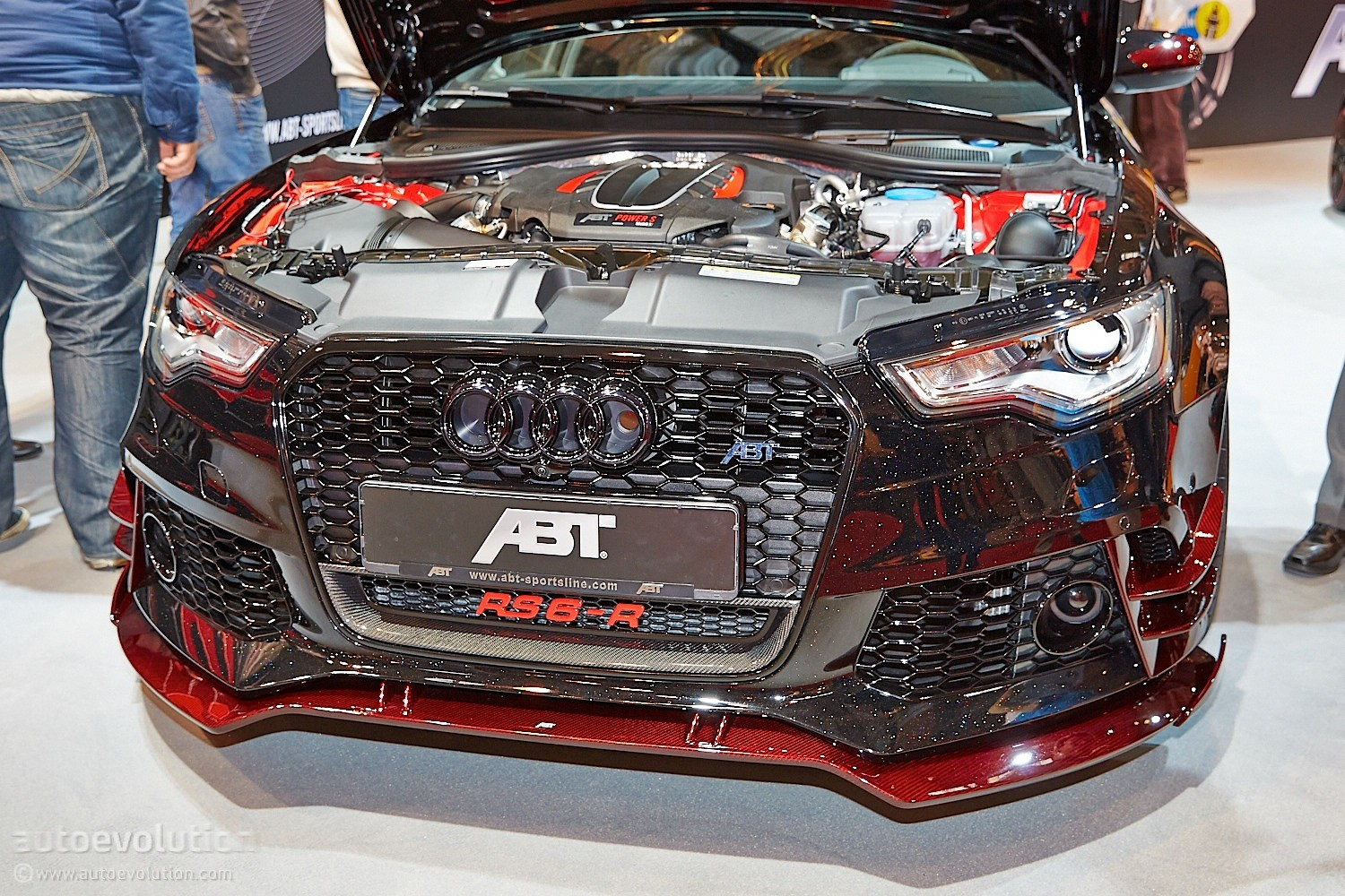 Darth Vader's Audi RS6-R by ABT Invades Essen 2014 with 730 HP [Live ...