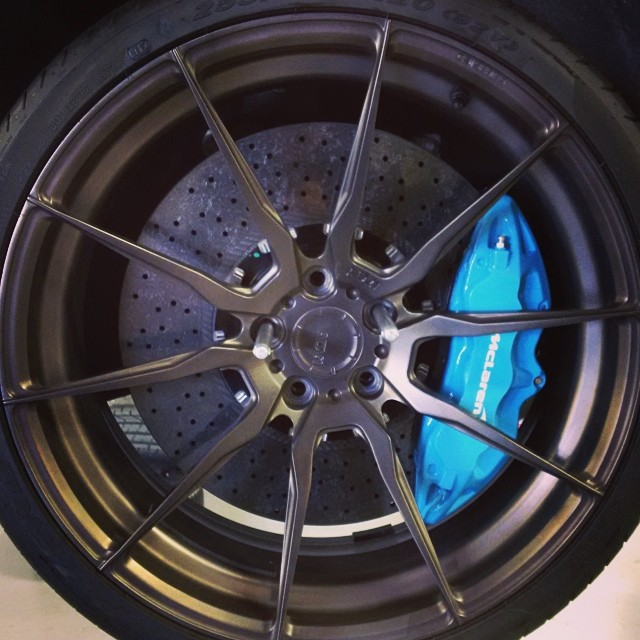 Deadmau5 Gets New Adv Wheels And Blue Calipers For His