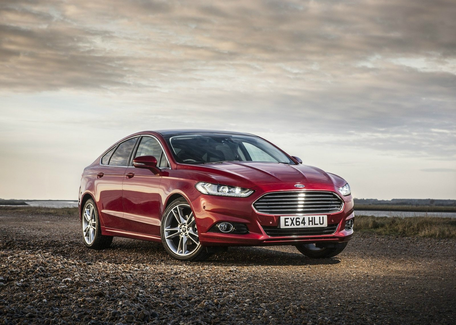 Aston Martin Vs Ford Mondeo >> Dear Ford Could You Please Get Over Aston Martin Already