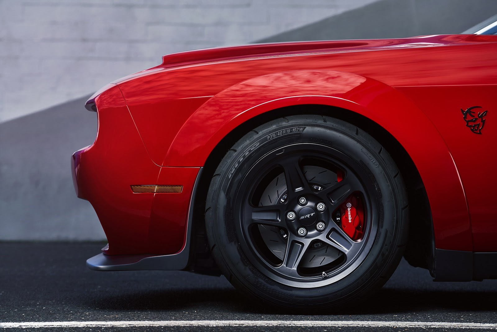 2018 Dodge Challenger SRT Demon to Debut at 2017 New York Auto Show ...
