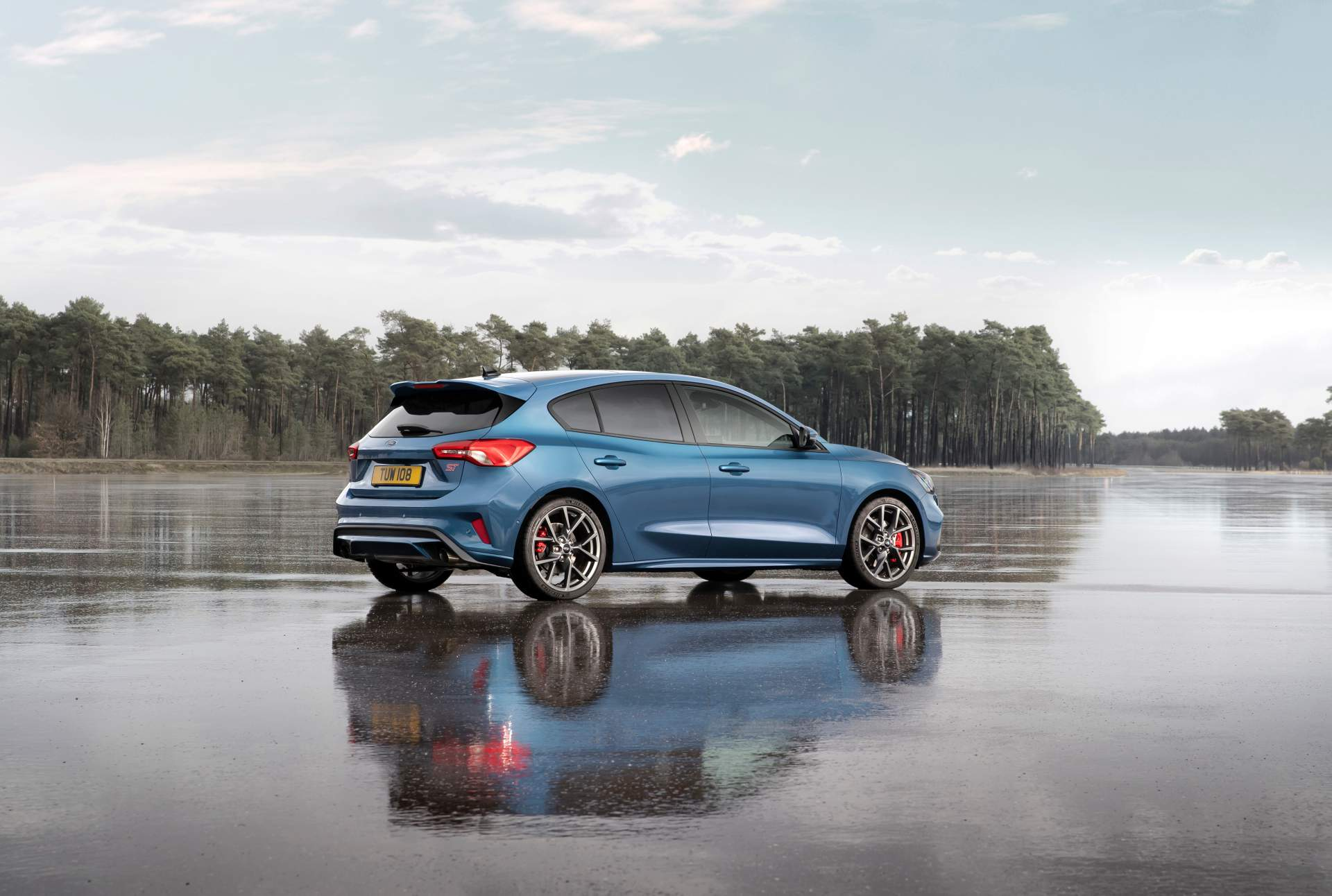 Diesel 2019 Ford Focus ST Is As Expensive As the Hyundai i30 N Performance - autoevolution