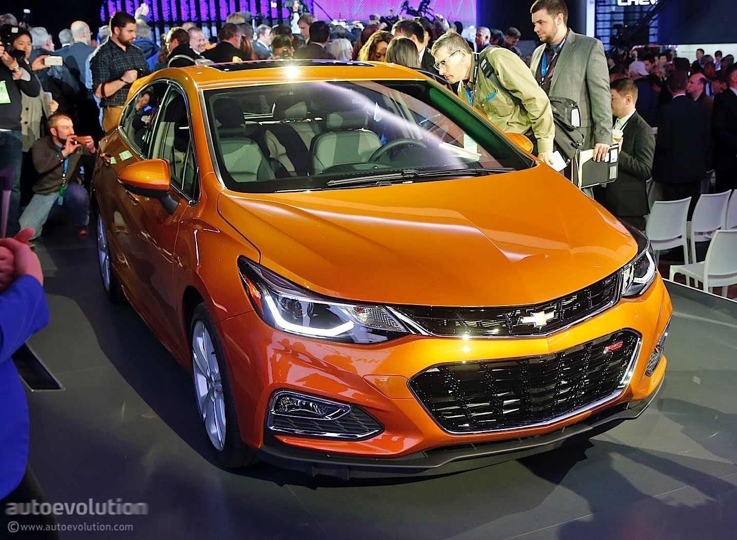 Diesel powered chevrolet cruze fuel economy could be better than 50