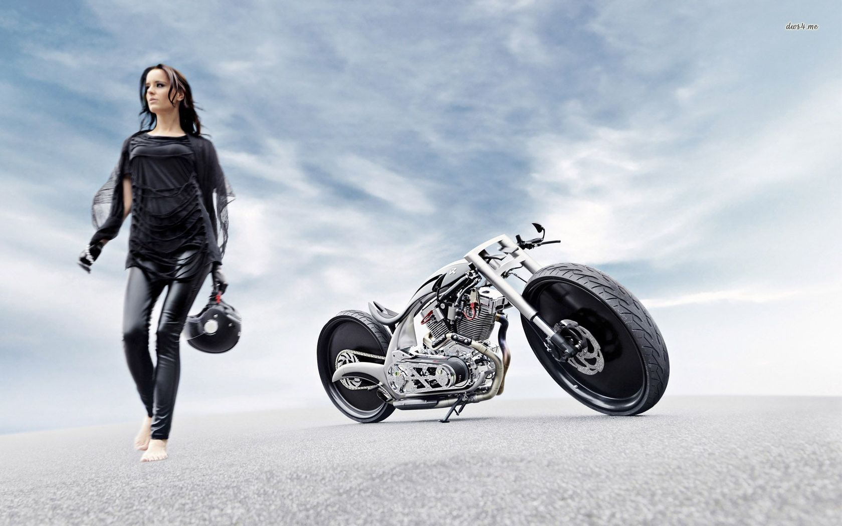 Discover The Akrapovic Custom Line And An All New Special Bike on Harley Davidson Sportster Custom