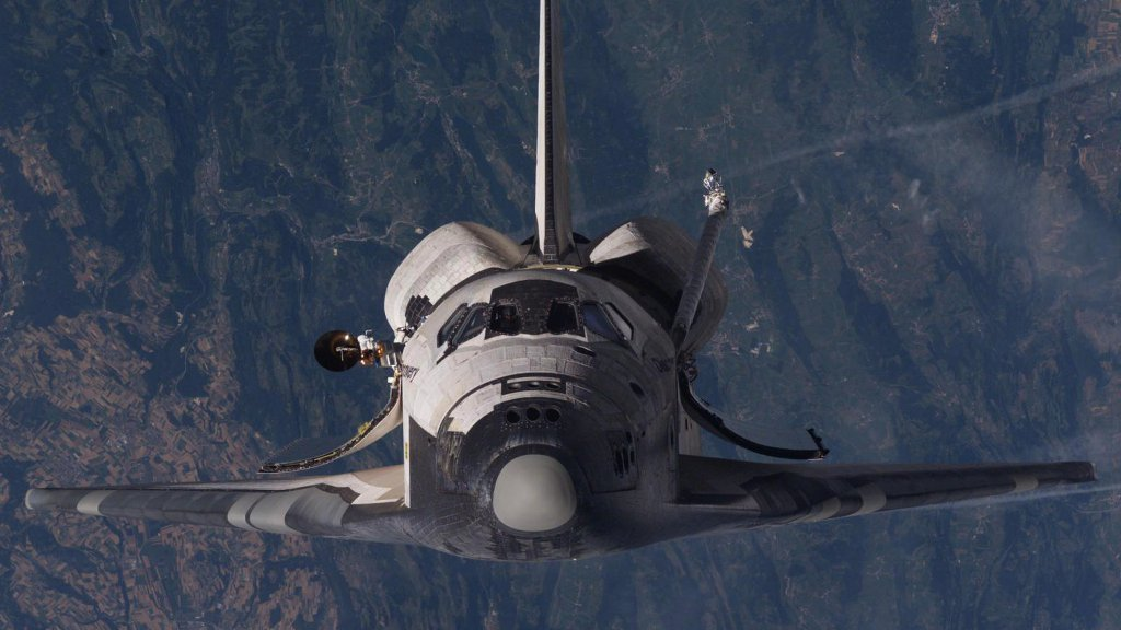 Discovery First Space Shuttle To End A Career