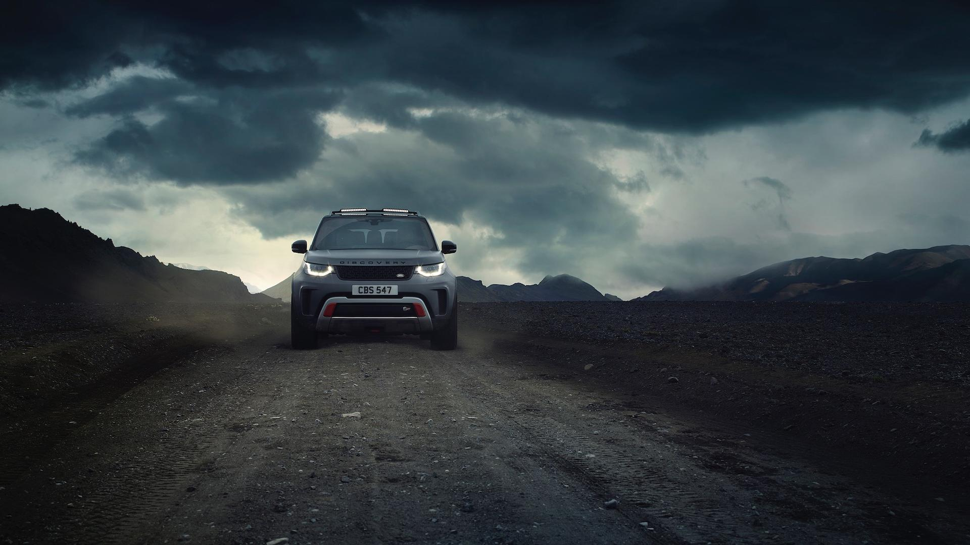 2018 Land Rover Discovery SVX Is a Supercharged V8-powered ...