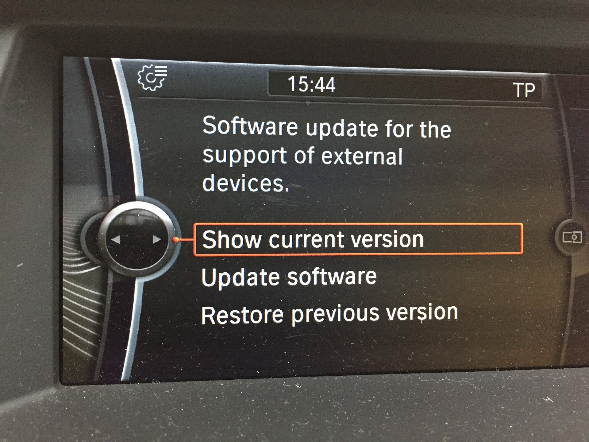 Diy How To Update Your Bmw Idrive System To The Newest Version Update Autoevolution