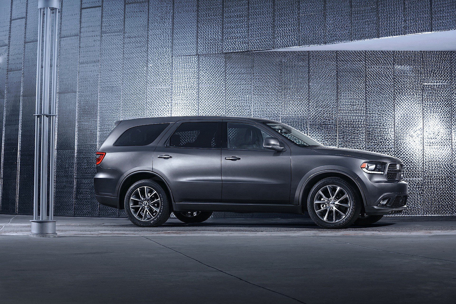 Dodge Durango Hellcat Is a Possibility, The SRT Is Close To Market Launch - autoevolution