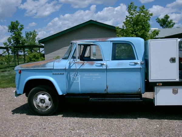 Dodge NASCAR Hauler Replica is Dirt Cheap on Craigslist – Photo