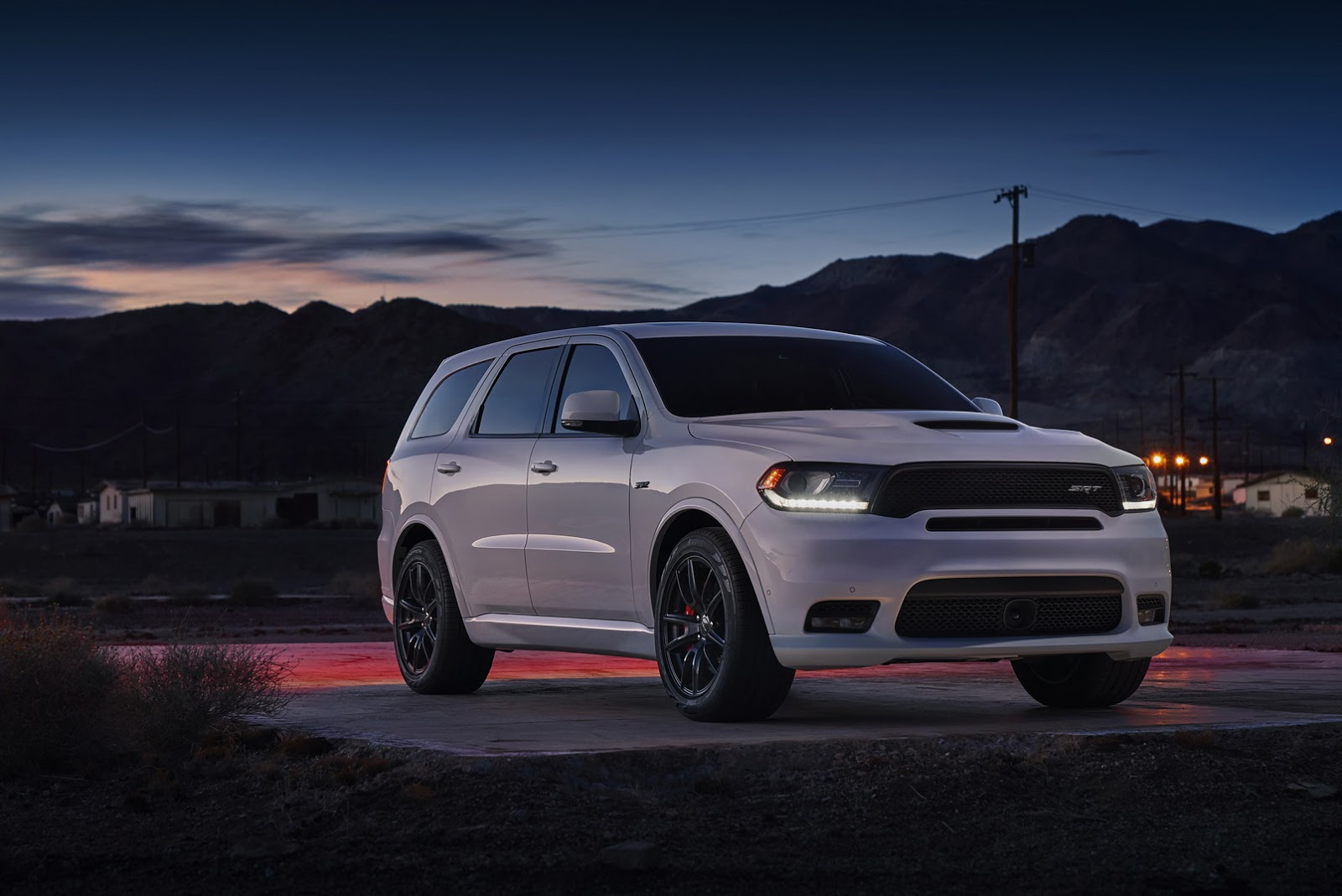 dodge prices america s fastest three row suv the durango srt from 62 995 autoevolution. Black Bedroom Furniture Sets. Home Design Ideas