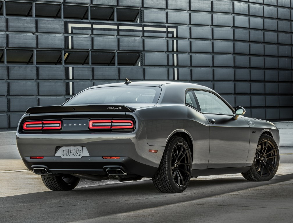Charger Vs Challenger >> AWD Dodge Challenger ADR Incoming, 707 HP Blown HEMI V8 ...