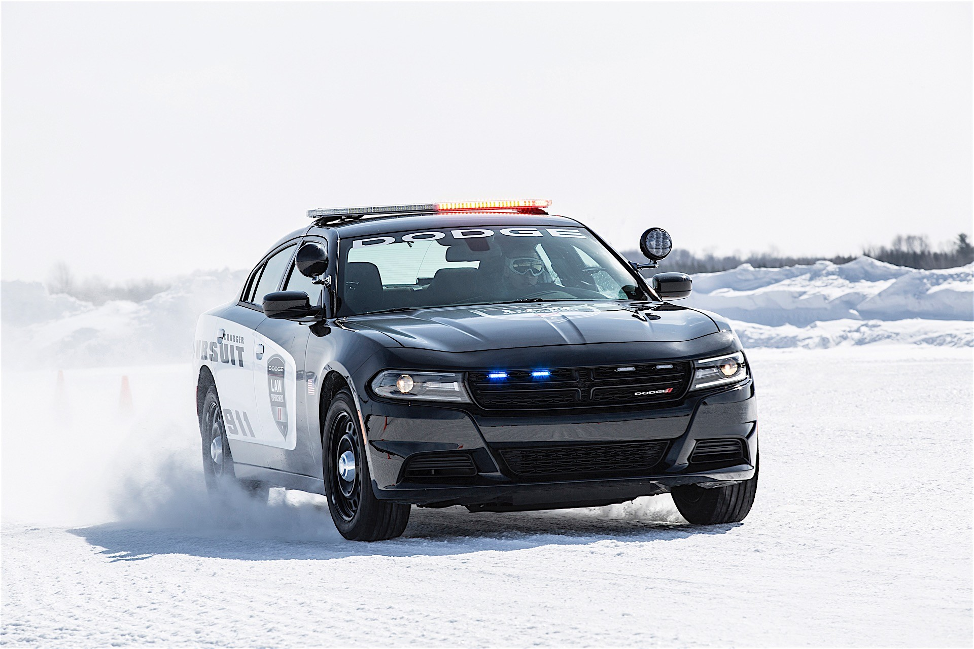 Dodge Updates 2017 Charger Pursuit With Complimentary Officer Protection Package - autoevolution
