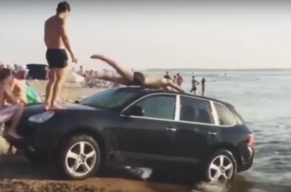 Porsche drivers are douchebags