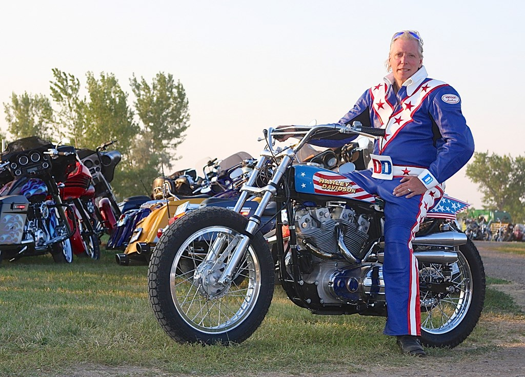 """motorcycle danger The real danger comes though when these hapless """"builders"""" actually try to ride the machines they've created on public roads you can follow the yard sale of vintage motorcycle pieces from ."""