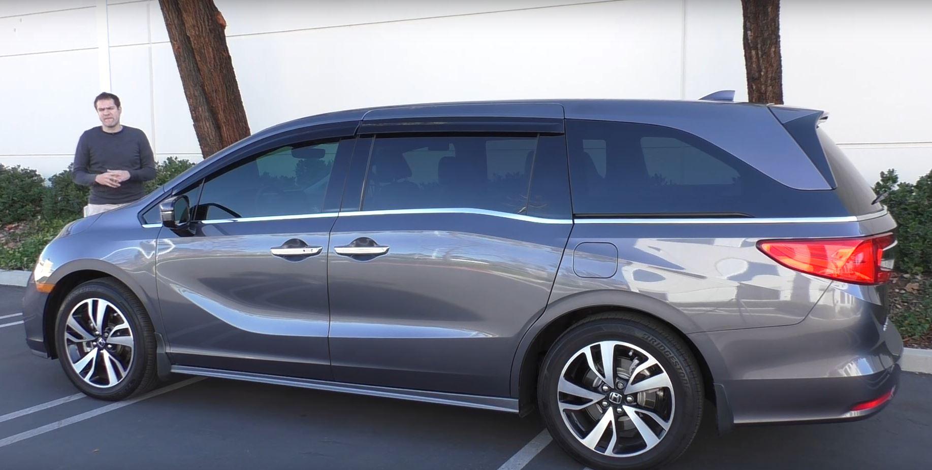 Doug Demuro Reviews 50 000 Honda Odyssey Minivan