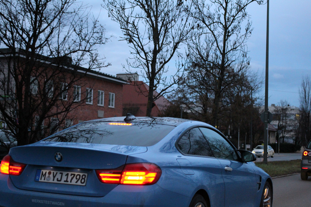 Drag Racing A Bmw M4 In Munich Autoevolution
