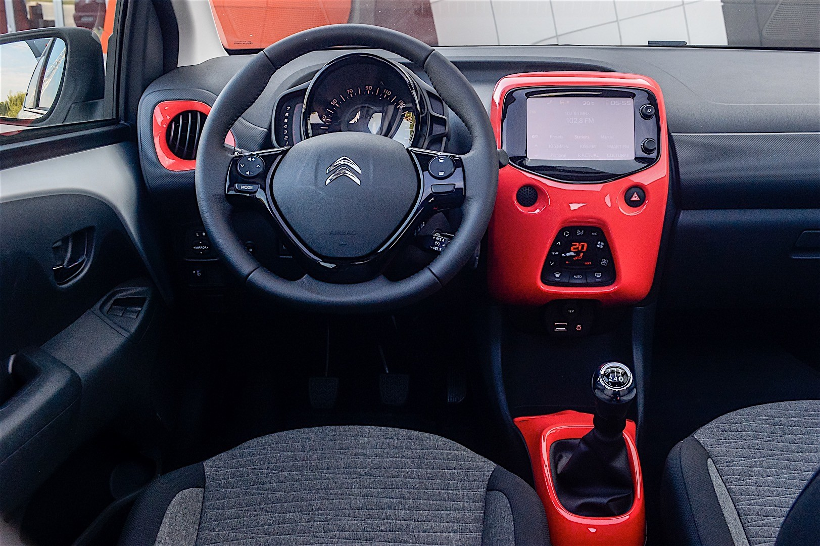 Driven: 2016 Citroen C1 - autoevolution