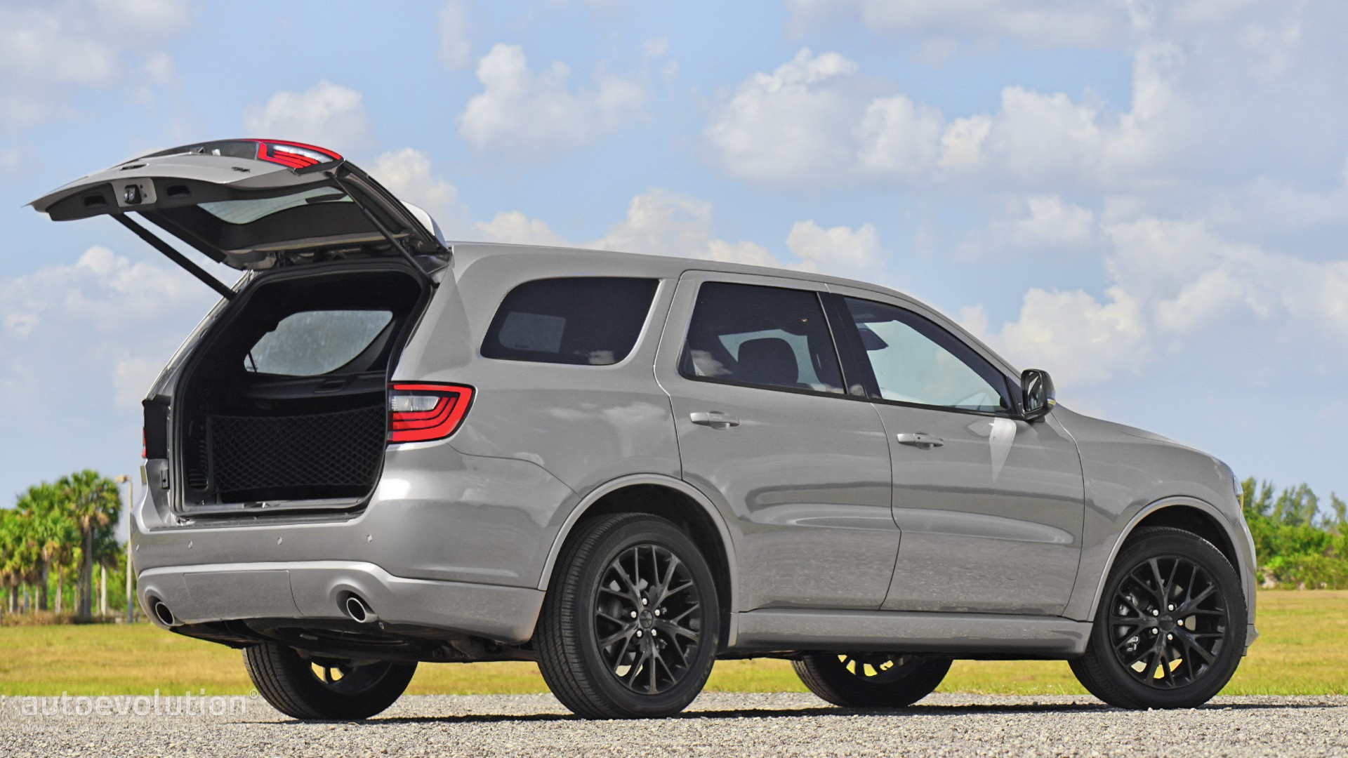 Driven: 2016 Dodge Durango R/T - autoevolution