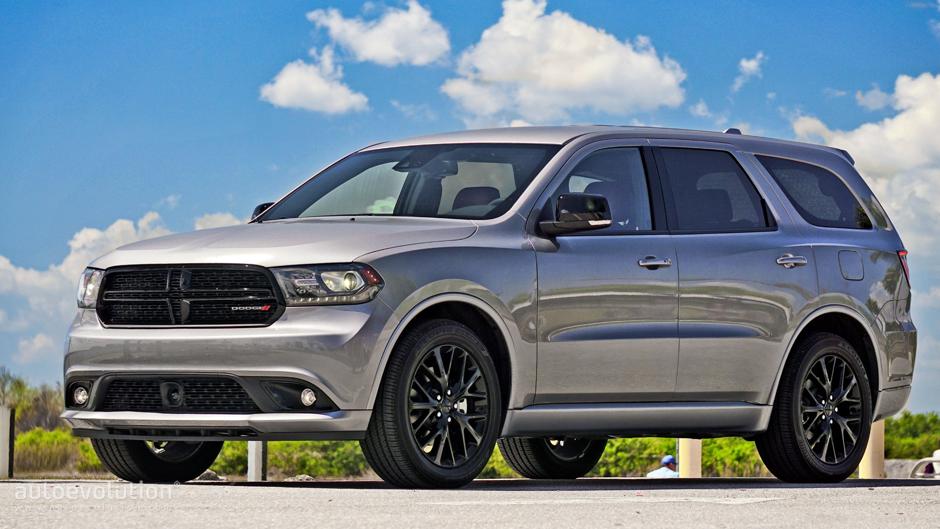 driven 2016 dodge durango r t autoevolution. Black Bedroom Furniture Sets. Home Design Ideas