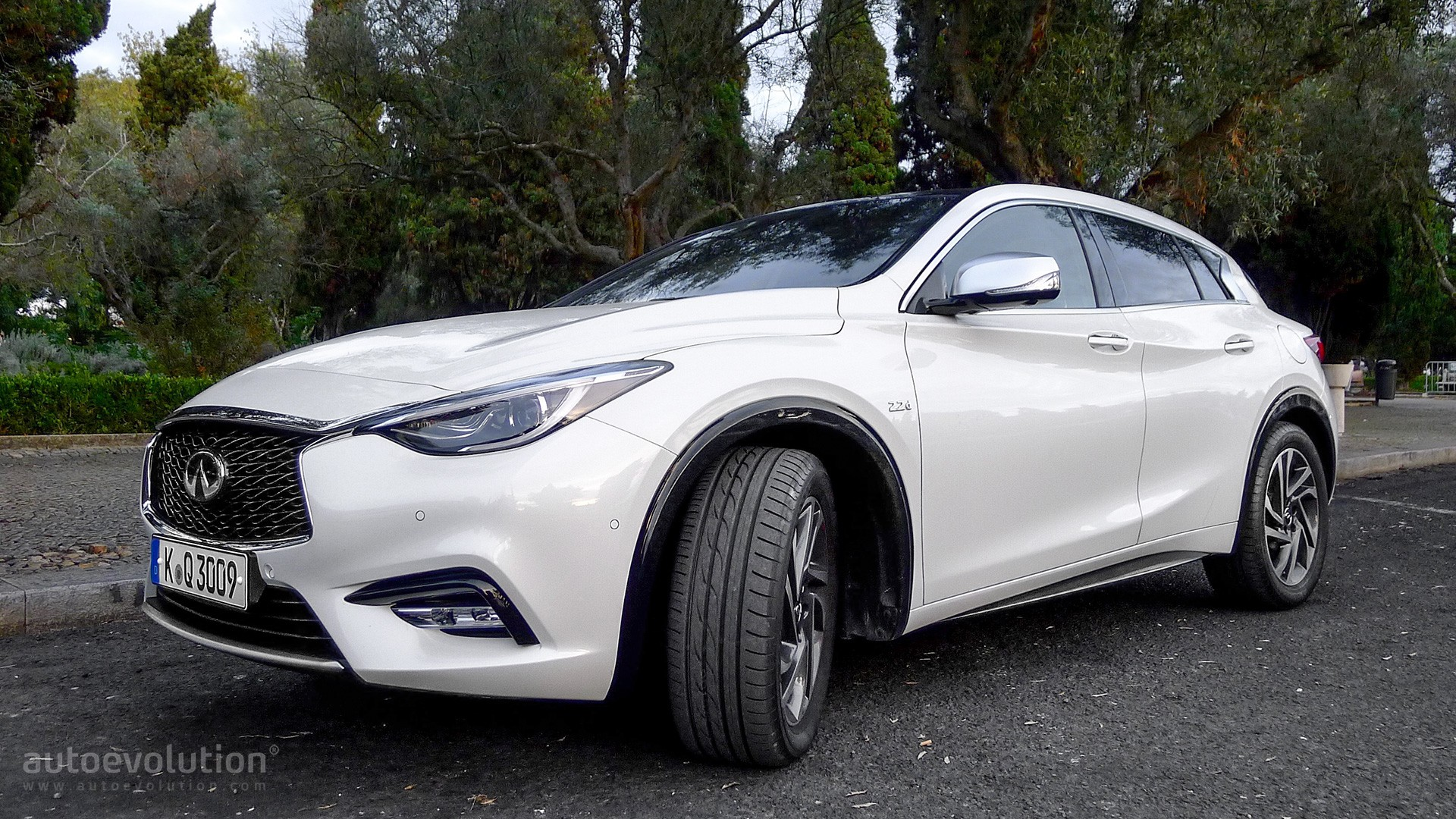 Twin City Auto >> Driven: 2017 Infiniti QX30 - autoevolution