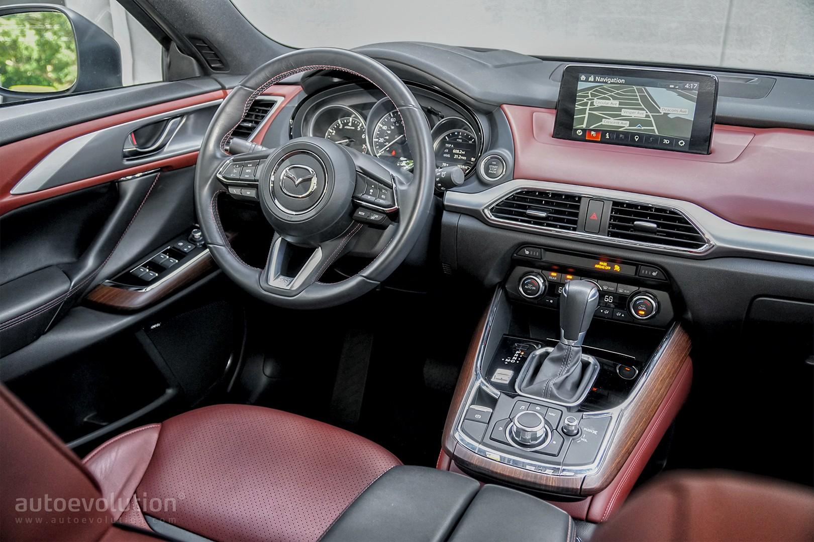 Mazda cx 9 signature