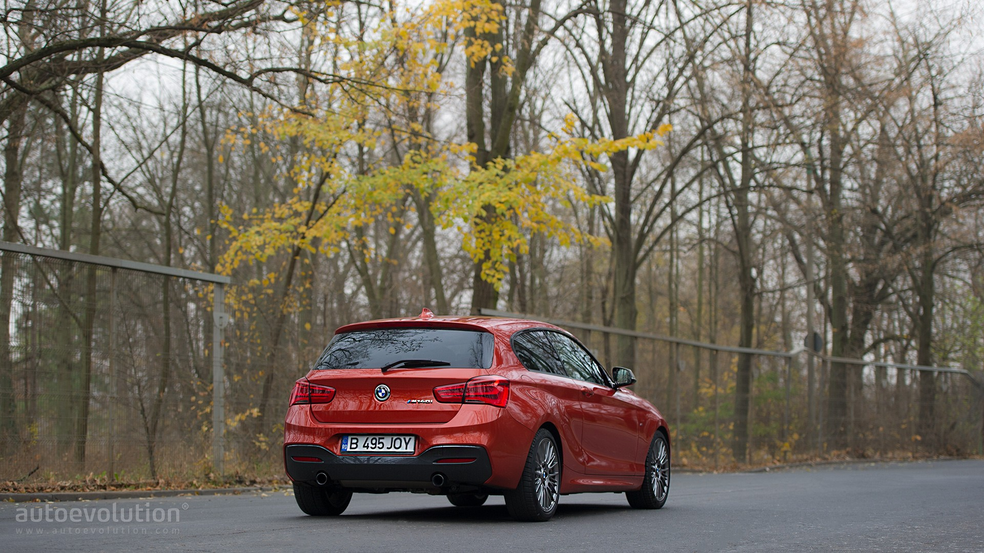 BMW 1 Series May Keep Rear Wheel Drive Version Without Postponing