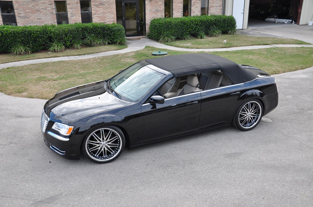 Drop Top Customs Renders Chrysler 300 Sedan Roofless